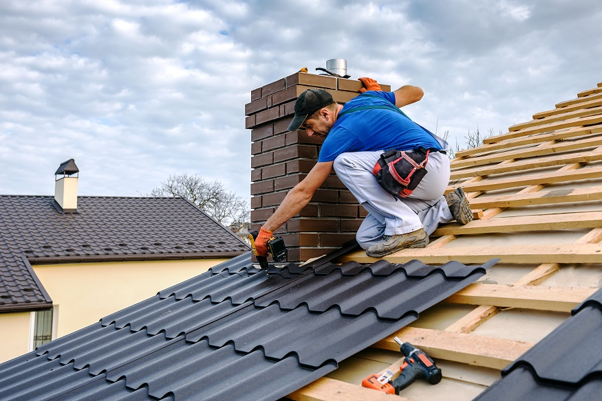 how to hire a roofer